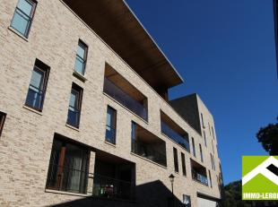 Dit recent appartement bevindt zich op de tweede verdieping van de residentie Ambiorix in de Clarissenstraat in het centrum van Tongeren.<br /> Het ap