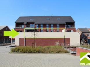 Dit appartement is gelegen op de eerste verdieping van een recent gebouw (2010) net buiten het stadscentrum.<br /> Winkels, scholen en openbaar vervoe