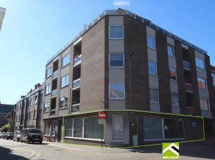 Dit appartementsgebouw is ideaal gelegen: op wandelafstand van het bus- en treinstation en van het stadscentrum!<br /> Deze gelijkvloerse ruimte ligt