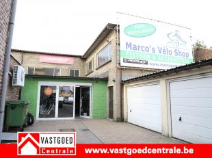 Mooi commercieel gebouw van 180 m² aan de rotonde van de Wijkstraat en de Luikersteenweg.  Het pand is beschikbaar vanaf 1 november 2017 .  Vrijb