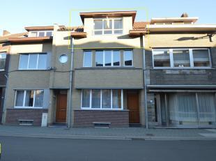 Verzorgd appartement gelegen langs de Hospitaalstraat, vlak in het centrum van Bilzen. Dit appartement werd recent gerenoveerd en uitgebreid met een t