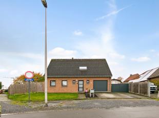 Deze vrijstaande woning met een netto bewoonbare oppervlakte van 175 m² is gelegen langs de Bormanlaan 59, op een zuidelijk georiënteerd per