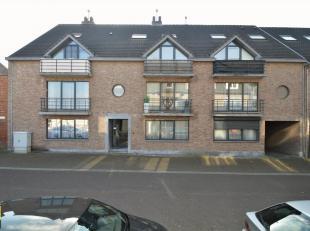 Dit netjes verzorgde duplex-appartement met 4 slaapkamers is gelegen langs de Kogelstraat, in hartje Diepenbeek, op de 2de en 3de verdieping, in de re