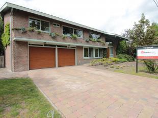 Exclusieve villa te Kollenberg in Achel<br /> - bewoonbare oppervlakte: 262m²<br /> - perceeloppervlakte: 1.224m²<br /> - 5 slaapkamers<br /