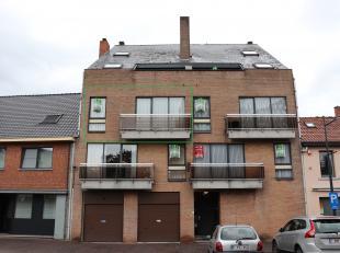 Appartement met 2 slaapkamers gelegen in het centrum van Alken.<br /> <br /> De indeling van dit pand is als volgt : inkomhal, living, keuken, badkame