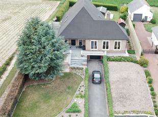 In het landelijke Budingen vinden we een prachtige ruime villa in de Hulsbergstraat ter hoogte van nummer 21. De villa werd volledig onder handen geno