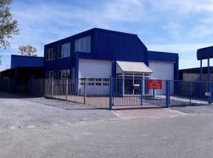 Bedrijfsvastgoed te Stevoort te koop, met een mogelijkheid tot huur-kopen!<br /> <br /> Dit pand is gelegen op het industrie terrein te Stevoort bij H