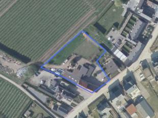 Idyllisch gelegen pand recht tegenover het voormalige station van Wilderen nu een b&b-uitbating met eetgelegenheid, de Statie.<br /> Het pand is o