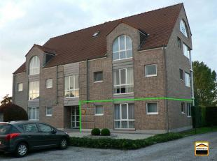 Gelijkvloers appartement met garage gelegen in een rustige residentie te Diepenbeek.<br /> Het appartement is gelijkvloers gelegen en ligt op korte af
