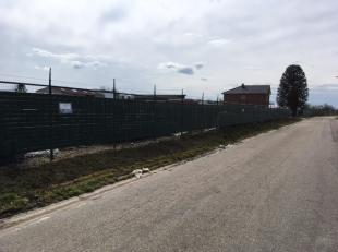 Prachtig gelegen bouwgrond voor een open bebouwing op één van de beste locaties in Zepperen. Oppervlakte 6a60ca (lot 2), breedte straatk