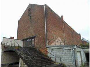 Dit gebouw is zeer gunstig gelegen aan de Grote Markt te Tongeren. De voormalige feestzaal / cinema kan men diverse herbestemmingen geven; verbouwen n