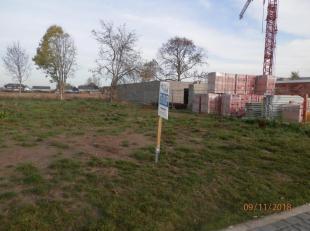 Diverse bouwgronden (verkaveling) van Covast te koop gelegen in Uikhoven Maasmechelen.<br /> - Uikhoven Lot 6: 478m² <br /> Prijs: bieden vanaf €
