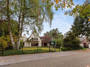 HANS MEMLINGDREEF 8 - 3920 LOMMEL<br /> <br /> Fraaie villa met buitenzwembad op een toplocatie ten midden van gegeerde bosrijke villawijk te Lommel