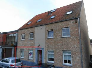 Prachtig gelijkvloers appartement met 2 slaapkamers, terras en tuintje. Onmiddellijk beschikbaar!