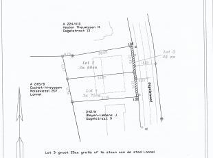 Gagelstraat, half-open bouwkavel van 3a88ca. Breedte 12,73m  diepte 28,65m rechts en 33,27m links. Mooie ligging, alle modaliteiten vlakbij. (scholen