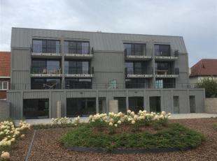 In het centrum van Overpelt, op de 1e verdieping gelegen nieuwbouw appartement met ruim terras, 2 slaapkamers en een autostandplaats en berging in de