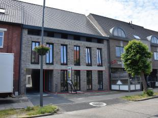 """Gelegen in het centrum van Neeroeteren, op wandelafstand van supermarkt, bakker en andere handelszaken.Het appartement maakt deel uit van residentie """""""