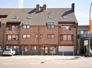Ligging:In Neeroeteren, een landelijke deelgemeente van stad Maaseik, ligt de Rotemerlaan. In de directe omgeving van het appartement liggen alle nodi