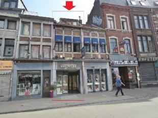LIEGE (Puits-en-Sock) Maison avec surface commerciale et étage (bijouterie) et grenier. Deux entrées possibles