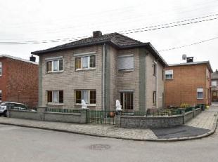 WANDRE Dans quartier calme: maison divisée en 2 habitations de 3/4 chambres, 2 séjours, 2 salles de bains, 2 cuisines et bureau, garage,