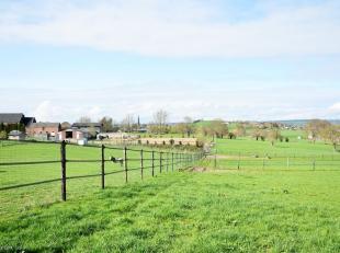 Charmante ferme avec dépendances située au cur du Pays de Herve bénéficiant dun exceptionnel panorama. Le site comprend un
