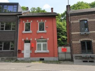 Maison d'habitation avec jardin comprenant: Au sous-sol: caves Rez-de-chaussée: hall, séjour, cuisine, buanderie, remise. 1e étag