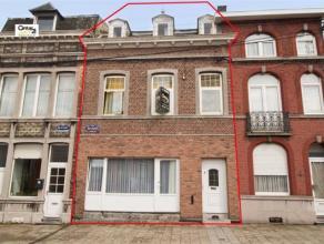 SERAING: A la recherche d'espace et de volume ? cette maison est faite pour vous.  Elle vous réserve plus de 200 m² habitables dont un liv