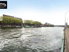 Liège : Une cour calme à 75 M de la Meuse et ses péniches amarrées vous tente ou vous repose ? A moins que vous ne pr&eacu
