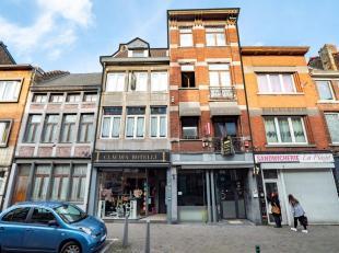 LUIK (Sainte-Marguerite): In het hart van dit vriendelijke en levendige winkelgebied, set van 2 twee gemengde gebouwen (bedrijfsterrein en woningen).