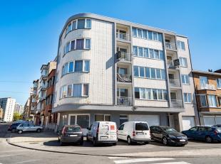 LUIK: Appartement met 2 slaapkamers op de 2e verdieping in een gebouw dat het voorwerp is geweest van vele renovaties en dat zich in een zeer goede st