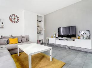 LIEGE : Appartement de 2chambres au 4ème étage dans un immeuble qui a fait l'objet de nombreuses rénovations et est en trè