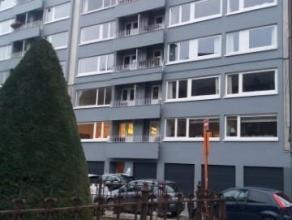 Liège-centre : Situé à proximité des commerces et transports en commun. Bel appartement 2 chambres au 6ème é