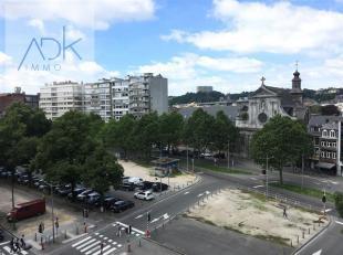Liège : Beau Studio situé au 5eme étage. A deux pas du centre-ville, des commerces et transports en commun. Il est composé