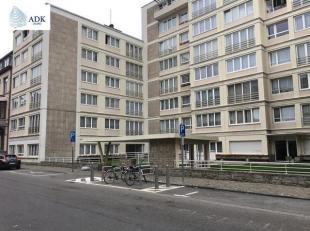 Liège : Situé à proximité des transports en commun (gare des Guillemins, bus), des accès d'autoroute, écoles