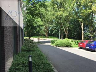 COINTE : Proche de toutes commodités, à 3 min du centre ville et de la gare des guillemins. Bel appartement 2 chambres avec terrasse. Il