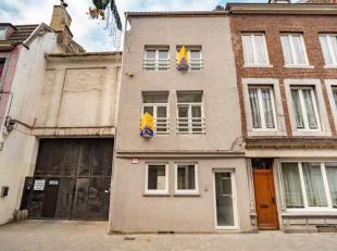 ADK IMMO vous présente cet immeuble de rapport totalement remis à neuf dans le quartier Saint Léonard. Il se compose de 2 apparte