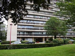 Liège : Situé à proximité du centre-ville et accès d'autoroute, bel appartement avec vue panoramique composé