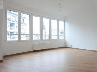 Liège : Situé au centre de Liège dans une résidence calme et bien entretenue, proche des commodités. Très be