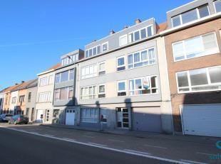 Jolie maison trois façades, rénovée, située à Tilff Cortil dans un endroit calme et arboré.Le rez-de-chauss&