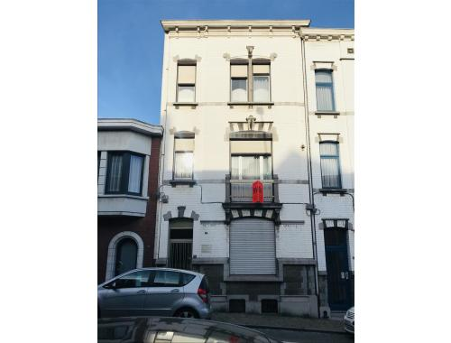 Woning te koop in Liège, € 295.000