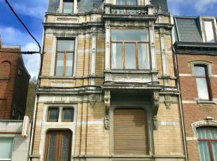 Un immeuble comprenant 3 appartements 1 chambre et un studio, composé comme suit : Sous-sol : 5 caves dont 1 à vin et une avec les compt