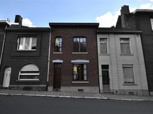 Dans le quartier de Cointe proche des Guillemins, BELLE MAISON (bon état) composée de: 3 CHAMBRES (dont 1 à aménager) - JA
