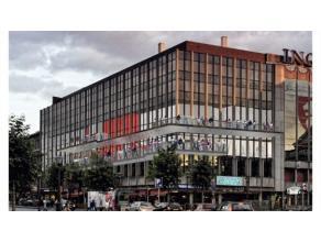 Situation exceptionnelle Rez de chaussée commercial Complexe Opéra.Superficie de 28 m2.
