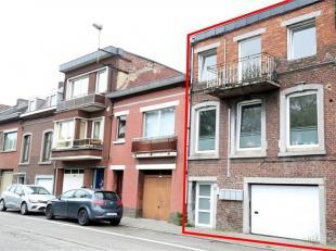 Cet immeuble de rapport dispose de quartres structures, approximativement identiques.Il se compose de deux appartements une chambre, cuisine éq