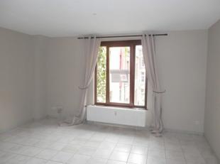Très agréable appartement de +/- 41m² situé dans le coeur historique de Namur, au 2e étage d'un petit immeuble sur la