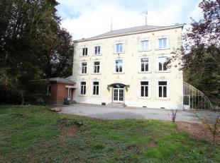 AUTHENTIQUE MANOIR ENTOURE D'UN MAGNIFIQUE PARC ARBORE, cette bâtisse vous ravira par ses volumes (+/- 620 m² habitables) et sa d