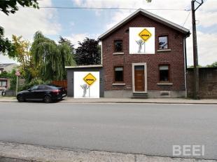 !!!!!option!!!!! Très belle maison 4 façades avec jardin et garage, idéalement située entre Ans et Loncin. chassis Double