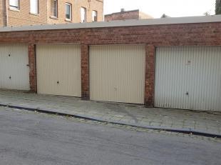 !!!!option!!!!!!!lot de 4 garages. 13M de façade sur 6,5 m de profondeur