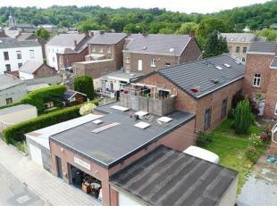 Très bel ensemble immobilier comprenant un magnifique espace bureau de 190m² et studio de 55m². L'immeuble a fait l'objet d'une r&eac
