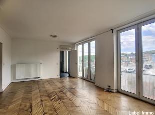 Dichtbij het centrum van Hoei, mooi appartement op de 1e verdieping met lift van een oppervlakte van 88m², die als volgt is samengesteld: inkomha
